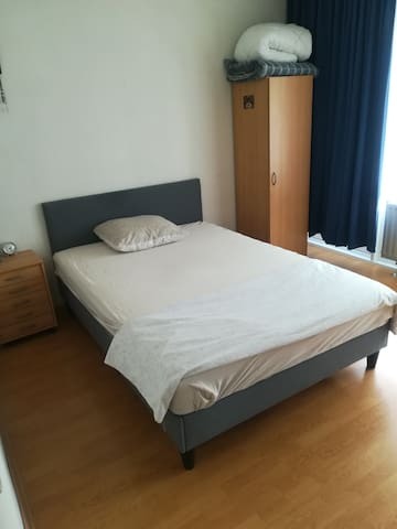 Room In Heerlen near Aachen and Maastricht. R4