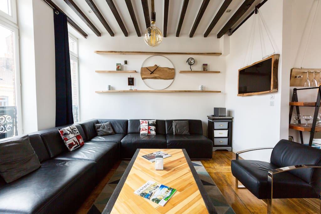 Vieux lille appartement design industriel 100 m2 for Appartement design 100m2