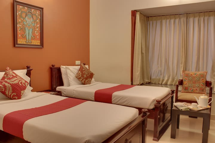 Cozy Twin bed room in Indiranagar