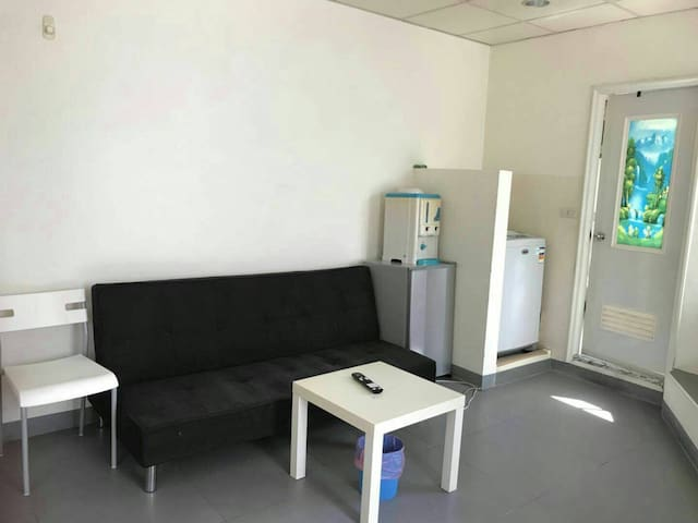 Taoyuan Station Private Suite Room