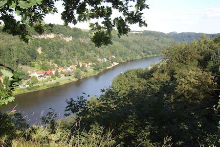 Ferienwohnung am Tor zur Sächsischen Schweiz - Struppen - Wohnung