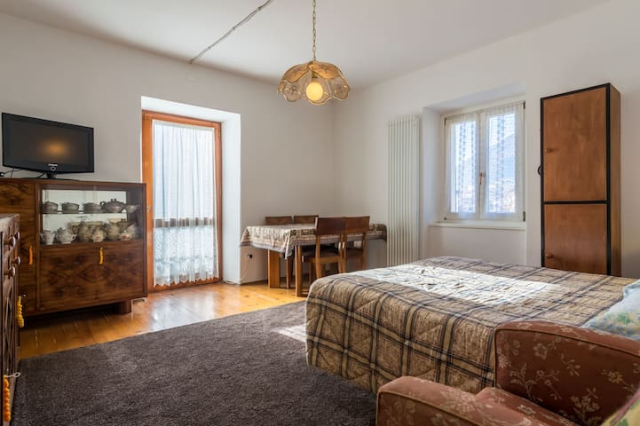 Casa Stella - Ampio appartamento con sauna - Caldes - Apartment