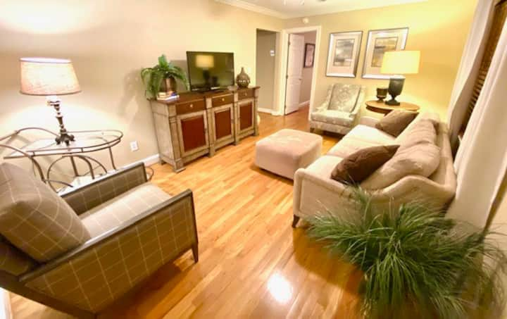 Chic Condo in Downtown Raleigh