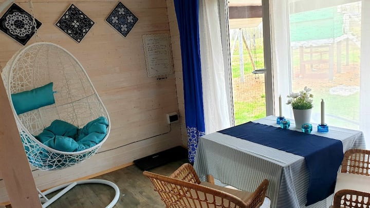 Уютный домик Васильковый на ферме