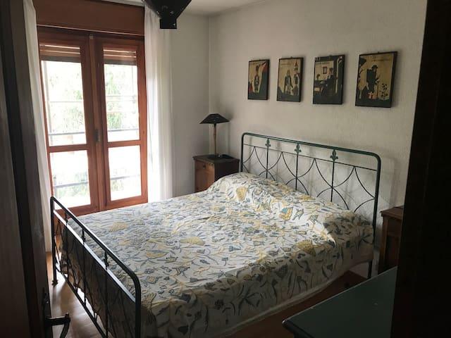 camera matrimoniale con accesso alla balconata