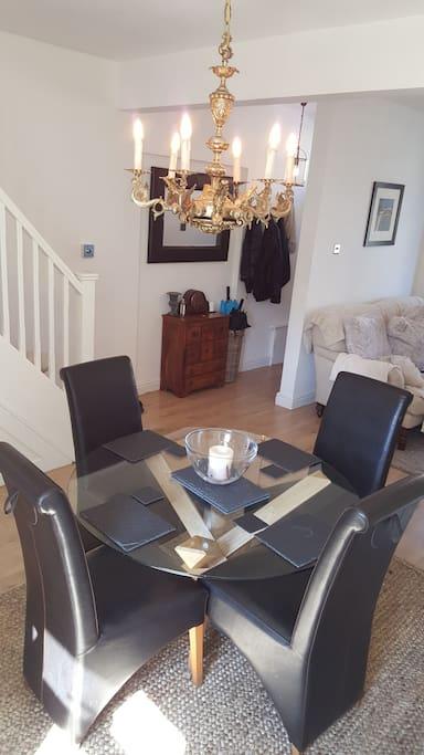 dining/living room open plan