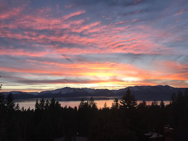 Best new house in Tahoe. Limited wks/upon request