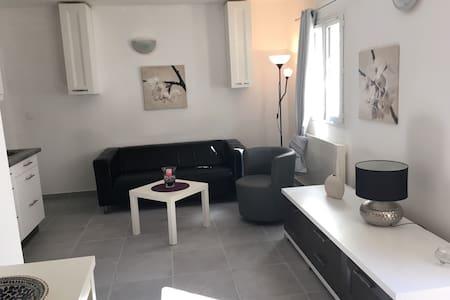 Appartement en rez de jardin en Provence - Volx