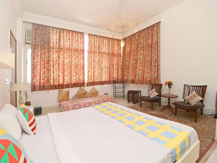 OYO - Best Offer! Spacious 2BHK Home in Kasauli