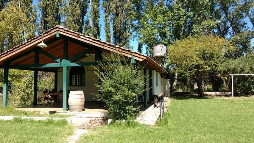 Country House in Chacras de Coria - Pool - Garden