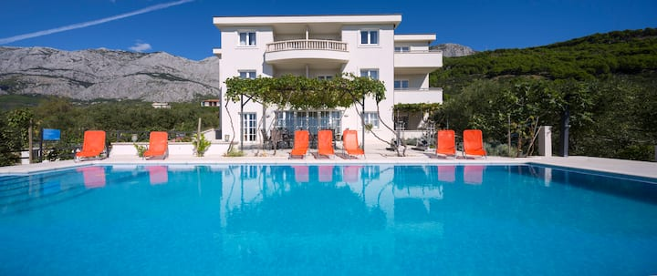 Apartment Villa Athina 2+2 Personen