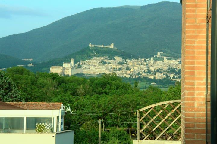 B&B La gatta Ciotolina vista Assisi - Bastia Umbra - Flat