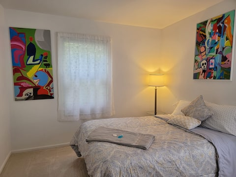 Tracy's room