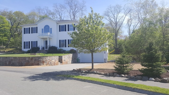 Rockport ~ Entire 3000 Square Foot Relaxing Home!