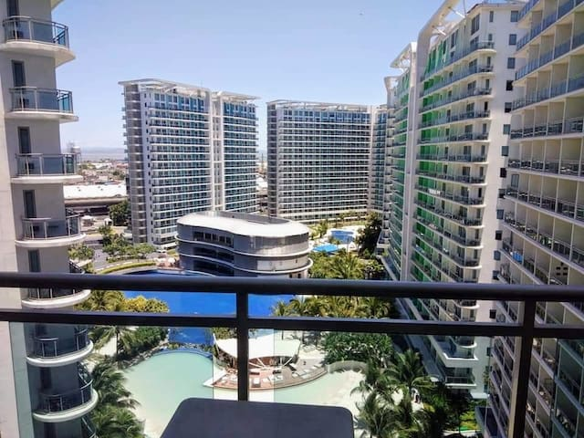 Azure Urban Resort: RIO1410 w/ free parking