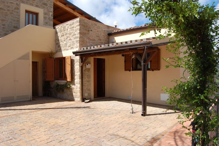 L'antica Macina - Gangi - Bed & Breakfast