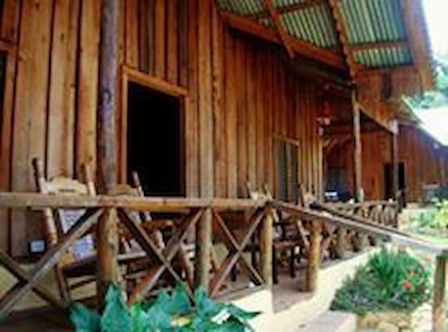 Angostura Eco-Lodge . Hab. 4 camas