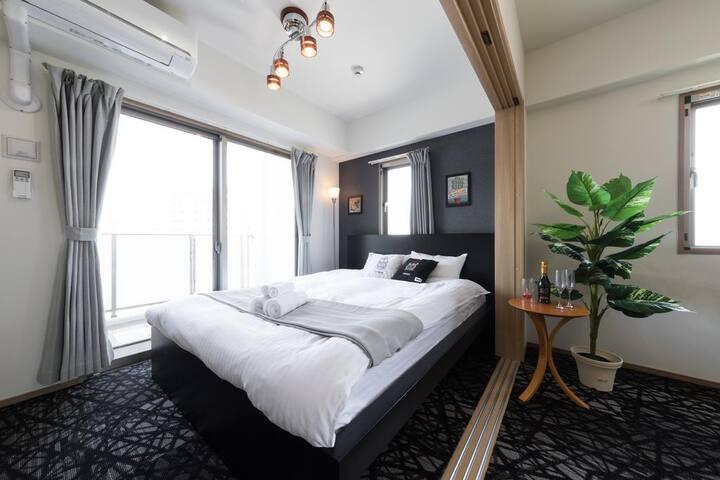 RH5-03)新築デザイナーホテル★6人部屋★博多最高の立地★Wifi★
