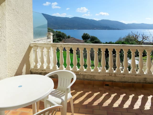 Apartment Le Relais de Tiuccia for 6 persons