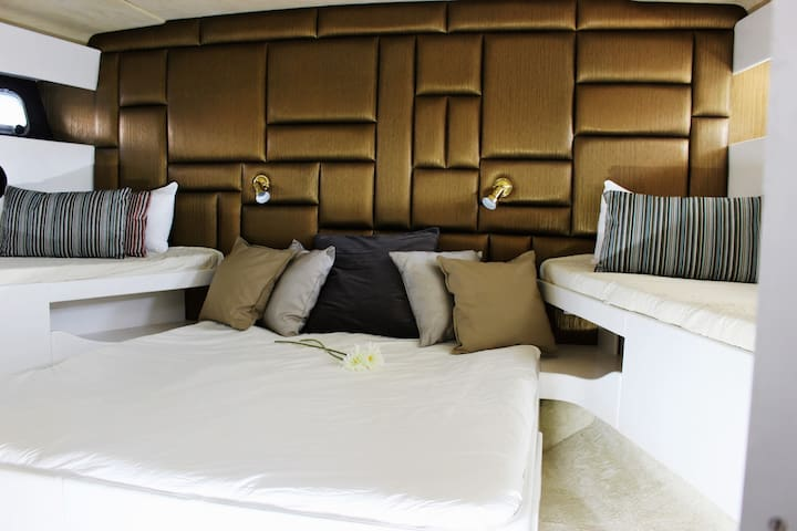 Room Alfama