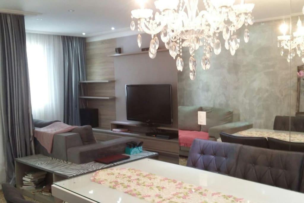 Sala Ampliada integração com todos os espaços do apartamento, linda decoração