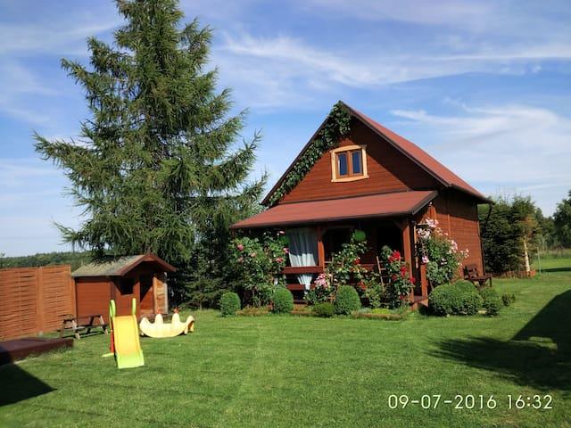 Domki Letnisowe Sasino (Domek Zielony) - Sasino - Timeshare (právo užívat zařízení pro ubytování na stanovený časový úsek během roku na mnoho let dopředu - minimálně 3 roky)
