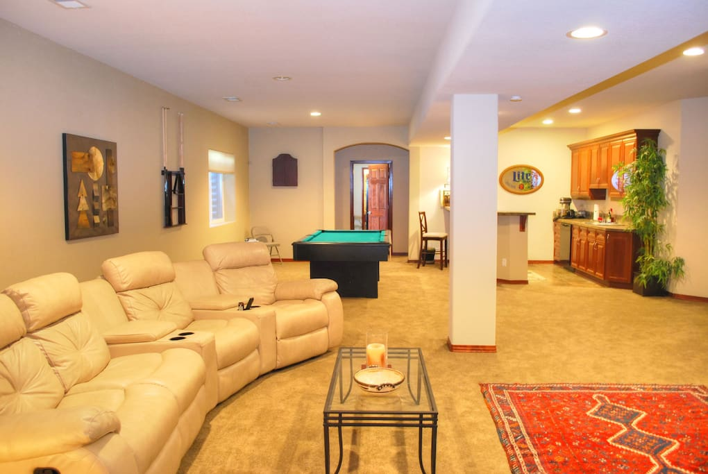 entire private lower level w/ seperate entrance & entertainment room with tv