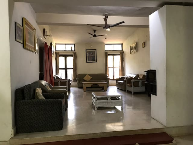 Manjula hut- A quiet and exclusive place of stay
