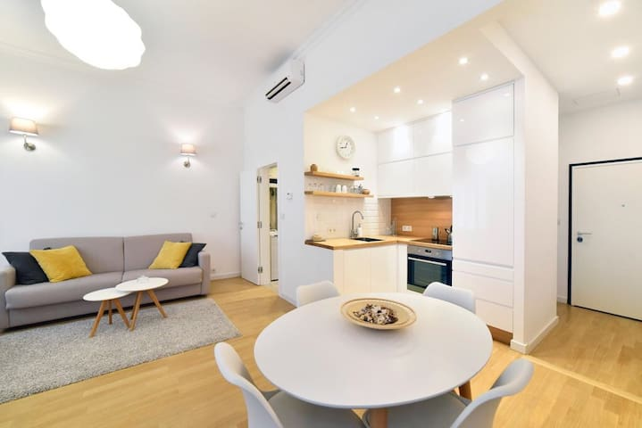 TOP EXCLUSIVE APARTMENT IN THE HEART OF ZAGREB