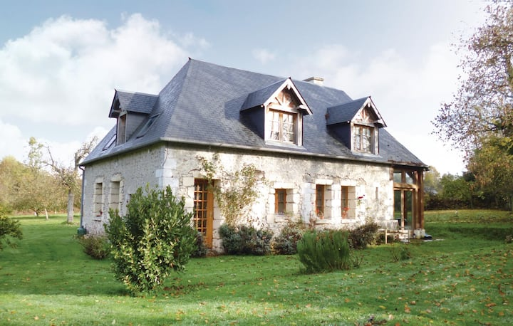 Awesome home in Honfleur with 3 Bedrooms