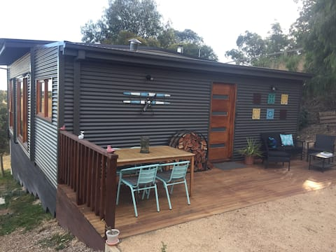 Treetops Cottage- Self Contained Valley Escape