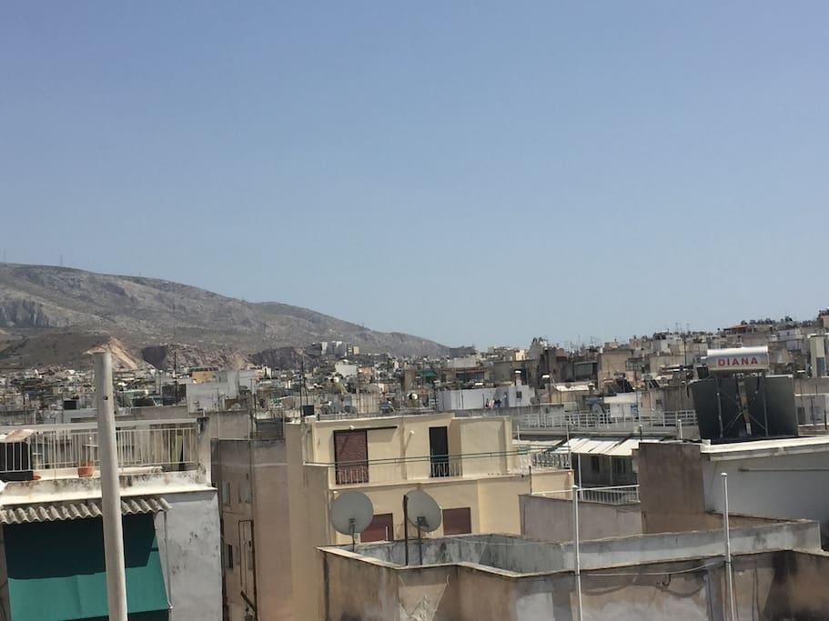 Ymitos hill