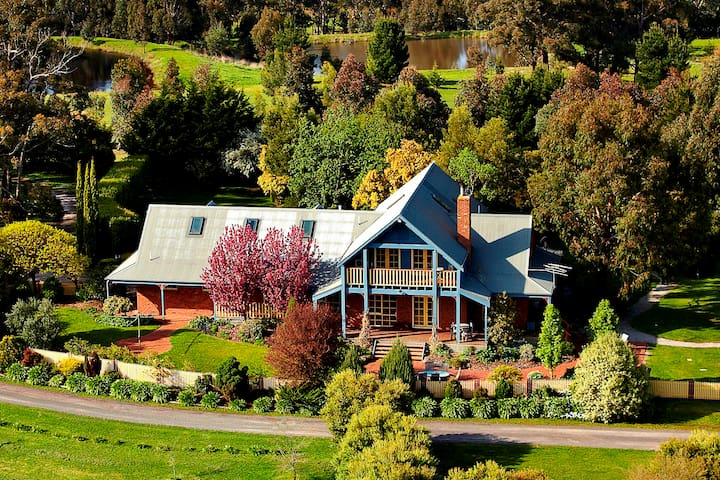 Lawson Lodge & Private Golf Course - Macedon