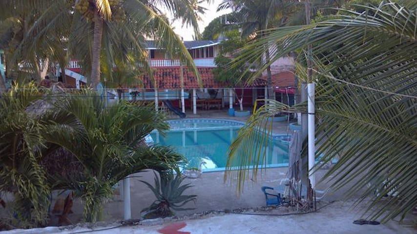 Costa del Sol: Rivera Beach Hotel - Cuartos dobles
