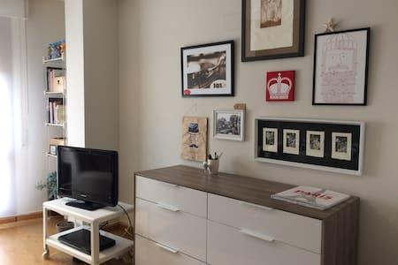 Apartamento céntrico y luminoso. - Corella