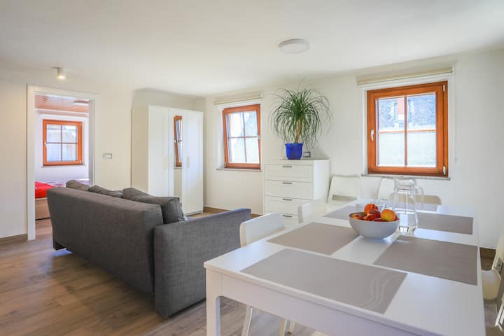 Spacious & Quiet Place Ideal for Large Families