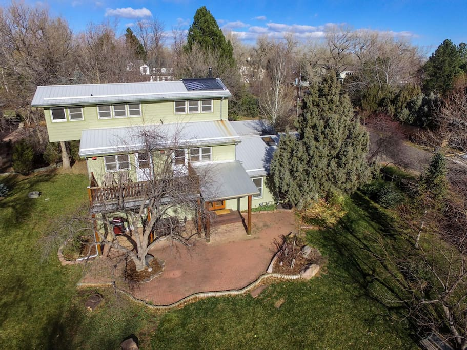 3-story, 7-BD home on over an acre in beautiful Boulder, CO