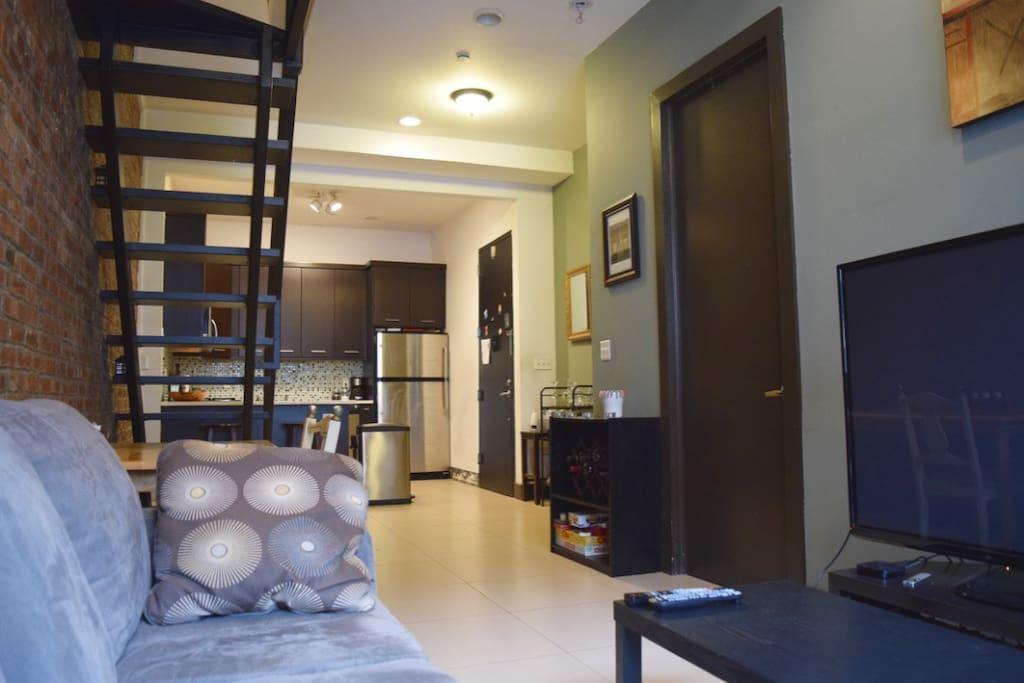 big private room modern apt 20 mins to times sq wohnungen zur miete in queens new york. Black Bedroom Furniture Sets. Home Design Ideas
