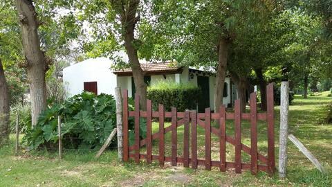 Quinta San José, Autovía 2 km52 Coronel Brandsen