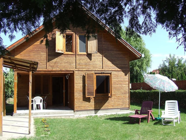 Child friendly house 'TILLA' Balatonkeresztúr