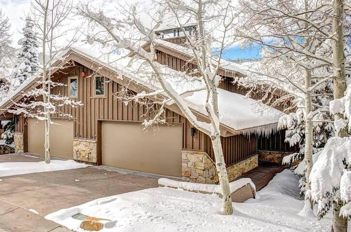 Sterlingwood 3- 4 Bedroom Condo Luxurious Ski In Ski Out condo in Silver Lake In Park City - Park City - Wohnung