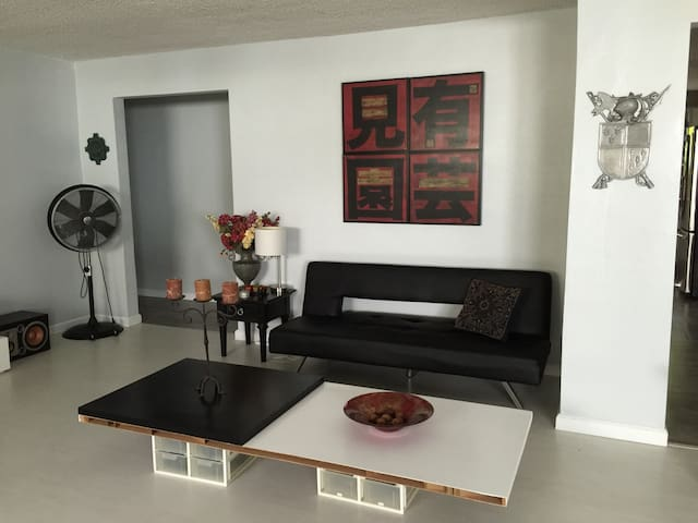Black sofa bed - Miami Springs - Huis