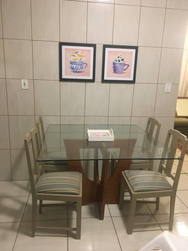 Casa Inteira Equipada  Próx Shopping e Hosp Amor.