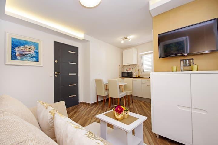 Apartman GOLD 2+2 prvi kat