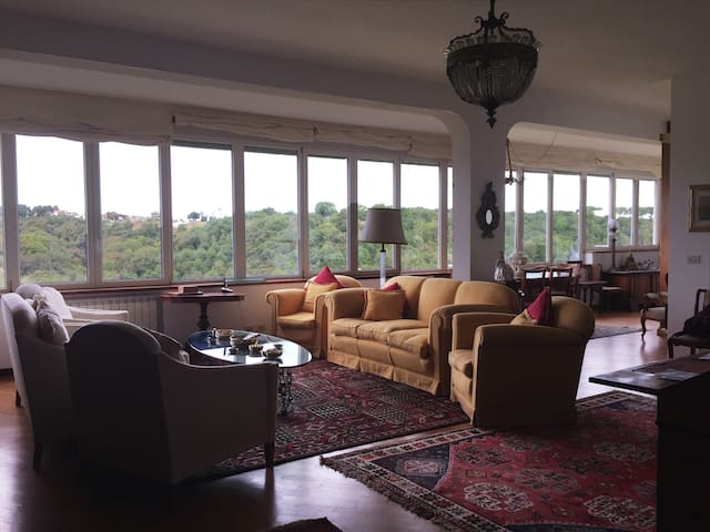 Stunning, huge apartment in residential area - Roma - Daire