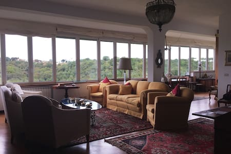 Stunning, huge apartment in residential area - Rooma