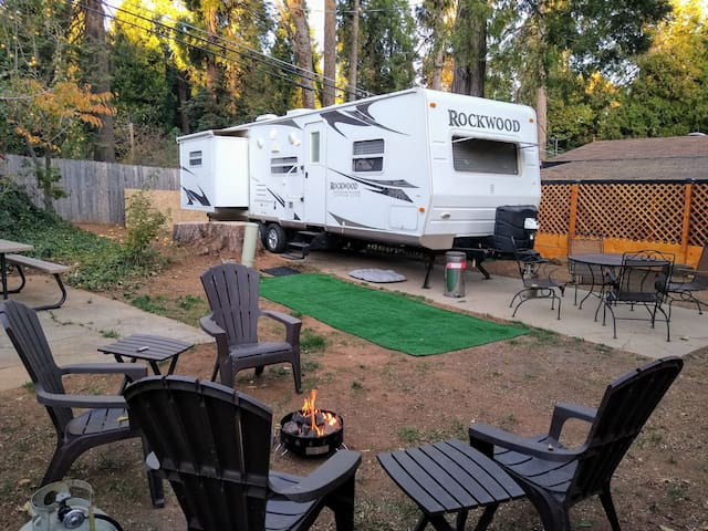 Private RV Glamping at its finest!!