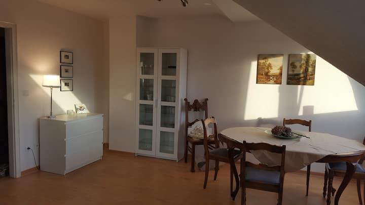 Sonnige DG-Wohnung mit Panoramablick