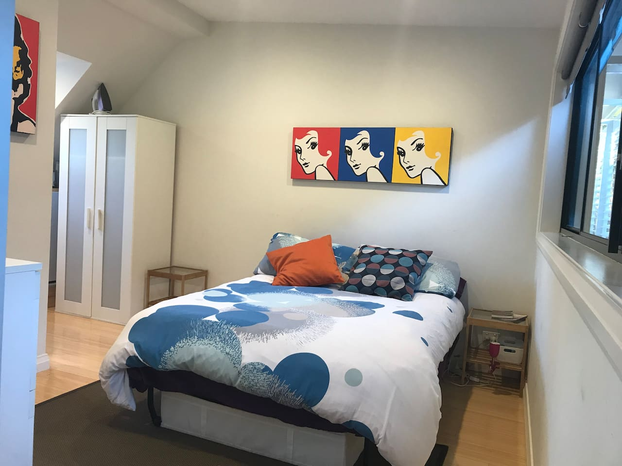 Private studio bedroom with ensuite