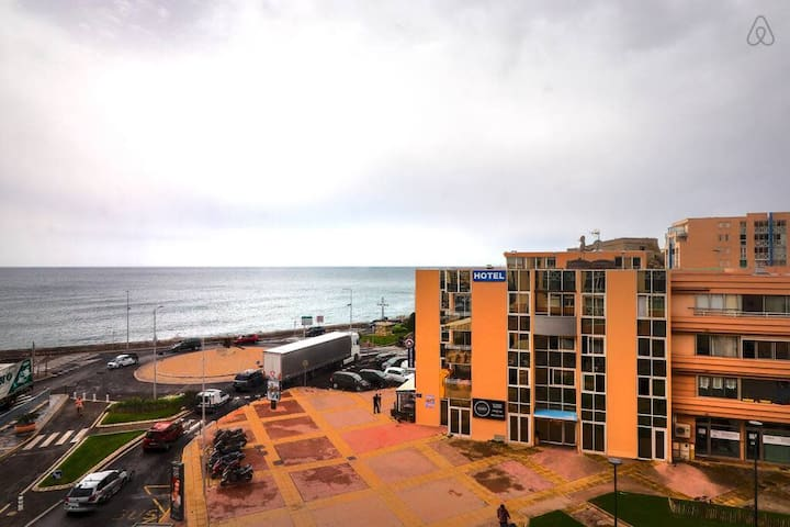 Charming apartment with sea view for 3 people